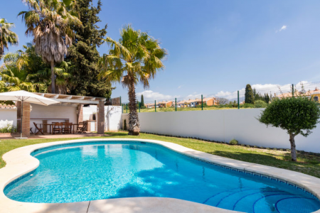 Villa near Puerto Banus with fitness room