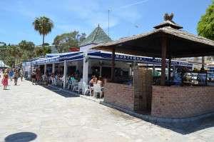 restaurants shops burriana