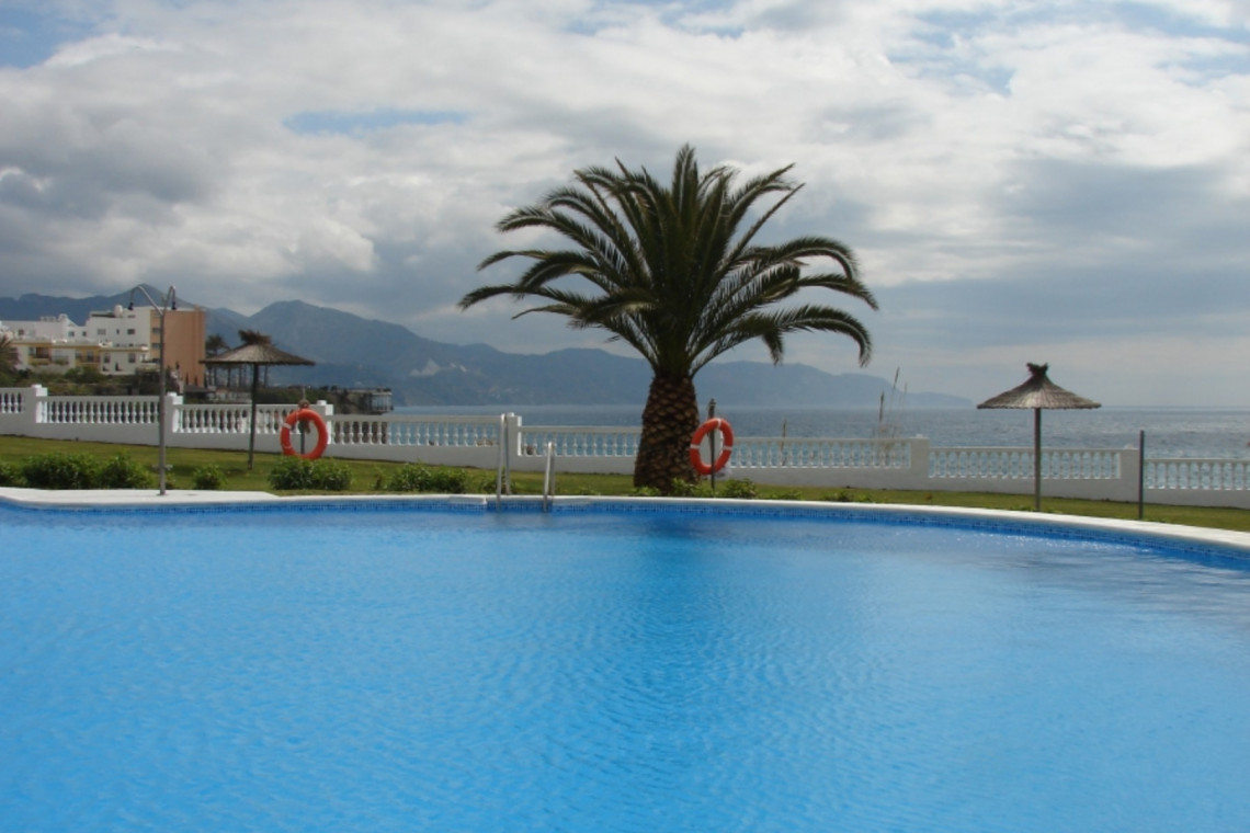 2 bedroom apartment Palameras near la Torrecilla
