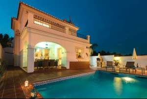 Villa El Paso at night making for a beautiful Andalucian retreat