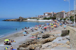 Torrecilla Beach 100 metres from the beach apartment where there is also a fantastic swimming pool