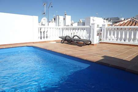 2 bedroom apartment Pulguilla rooftop sunbathing area