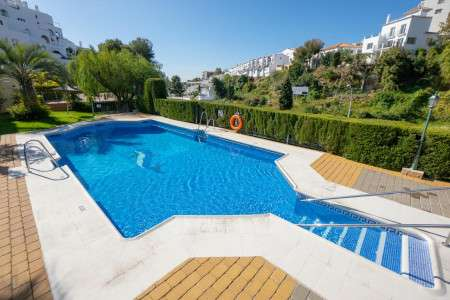 Jardines de Burriana Nerja beautiful and spacious apartment