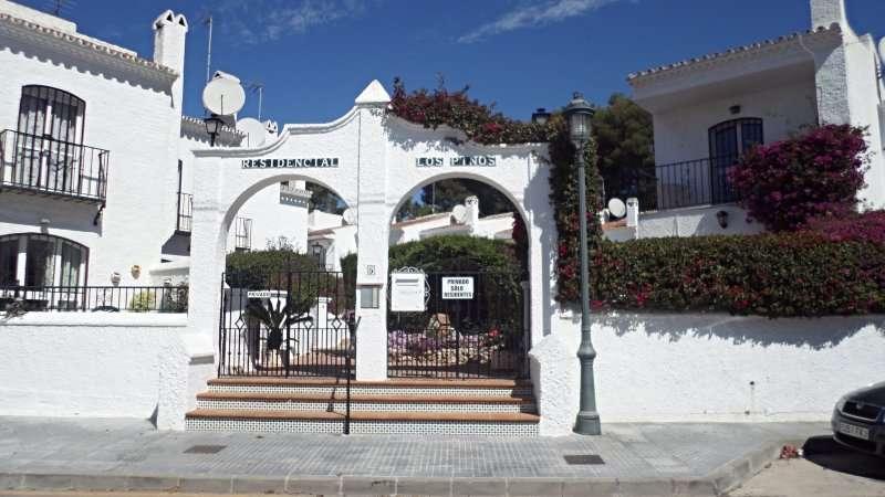 Los Pinos holiday townhouse