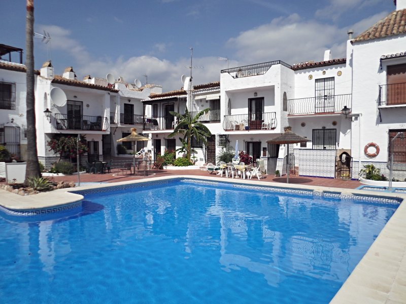 Nueva Nerja 2 bedroom typical andalucian white houses